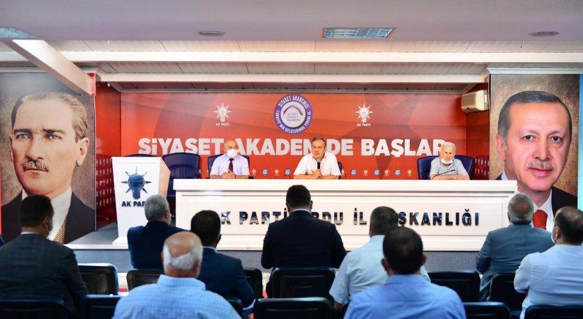 AK PARTİ GRUP TOPLANTISI YAPILDI